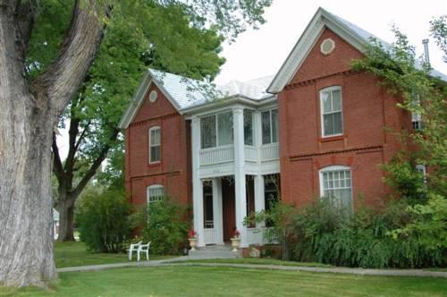 Valley House Inn